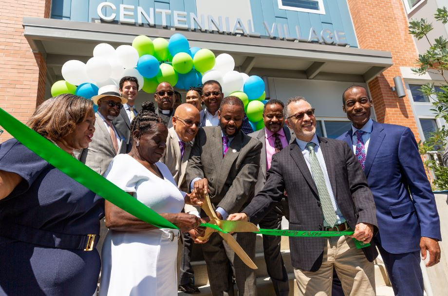 PECO Vice President of Governmental and External Affairs Tony Gay (far right) with leadership from Community Ventures and the City of Philadelphia open Centennial Village on August 23, 2018.